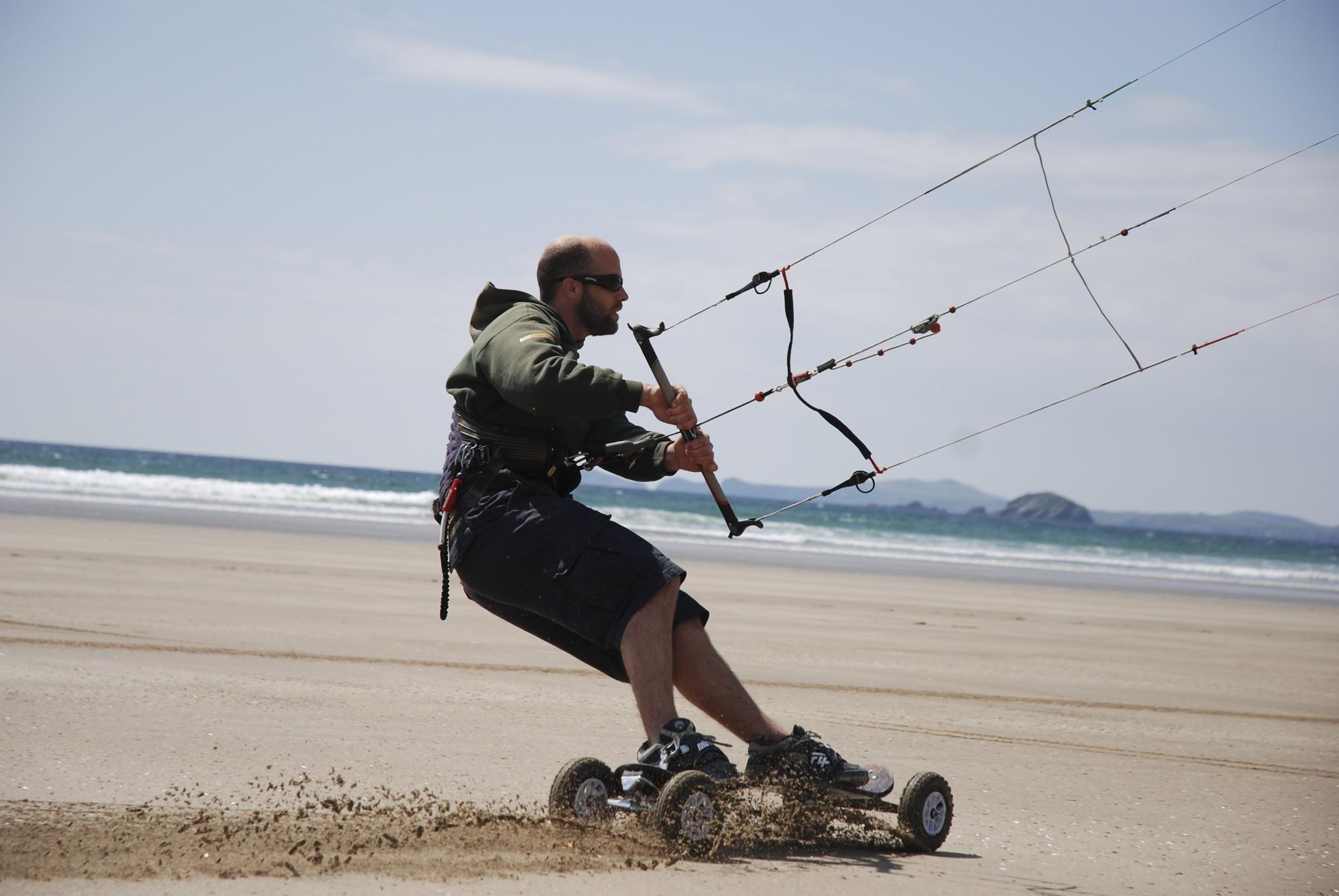 Beginner Kitesurfing Lessons Pembrokeshire
