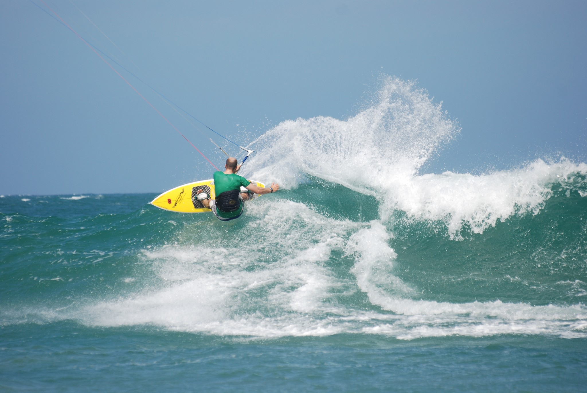 Kitesurfing lesson- waveriding
